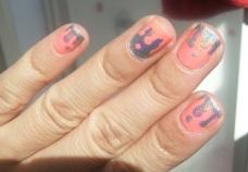Nail Polish Love - Un blog mexicano dedicado al nail art, Nails, nail art, neon, holografico, holographic, melted, derretido, diseño, diseños fáciles, uñas paso a paso, DIY, step by step, neones, primavera verano 2013, colores neon, diseños fáciles de uñas
