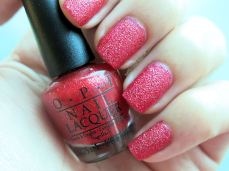 nailpolishlove.me un blog mexicano dedicado al nail art, couture de minnie, nail art, swatches, Magazine cover mouse, liquid sand, esmaltes con textura, textura de arena, nail magic, OPI, uñas, esmaltes, rosa, Minnie Style