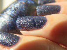 Alcatraz...Rocks, swatches, nail polish swatches, nails, esmaltes OPI, OPI, liquid sand, glitter, textura, verano, tendencia, nail art, decoración de uñas, nailpolishlove.me blog mexicano dedicado al nail art