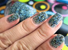 Flock Together, feather finish, china glaze, swatch, nails, nail polish, esmaltes, nail art, efecto de plumas, nailpolishlove.me blog mexicano dedicado al nail art, arte en las uñas, uñas, manicure, manicura
