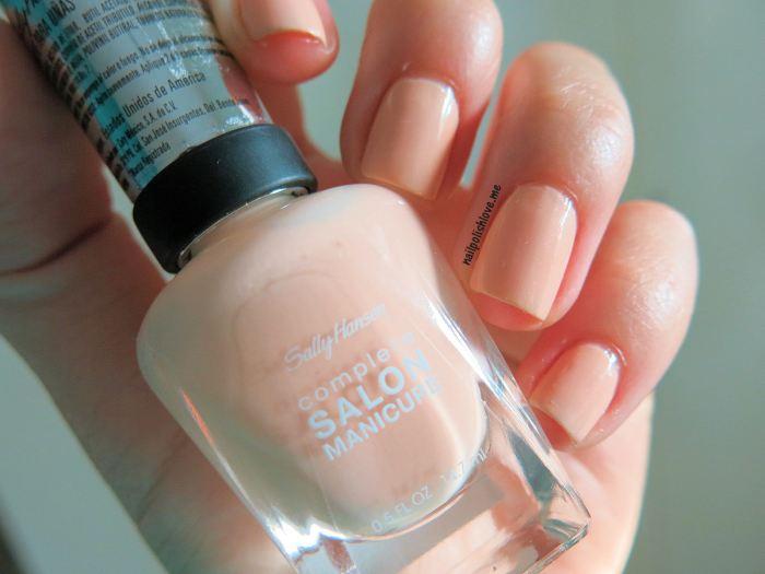 Sally Hansen, uñas, esmaltes, nails, nail art, nail polish, nude, trend, Royal Blush, piel, maquillaje, nailpolishlove.me blog mexicano dedicado al nail art