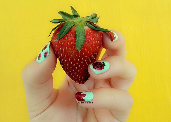 China Glaze, mint, menta, Highlight of My Summer, verde menta, neón, esmalte menta, Adrix Nails, uñas, esmaltes, nails, nail art, nail polish, trend, piel, maquillaje, nailpolishlove.me blog mexicano dedicado al nail art, esmaltes, swatches, swatch, pinturas de uñas, fresas, strawberry jam, zoya, pixie dust, chyna, frutas, fresas