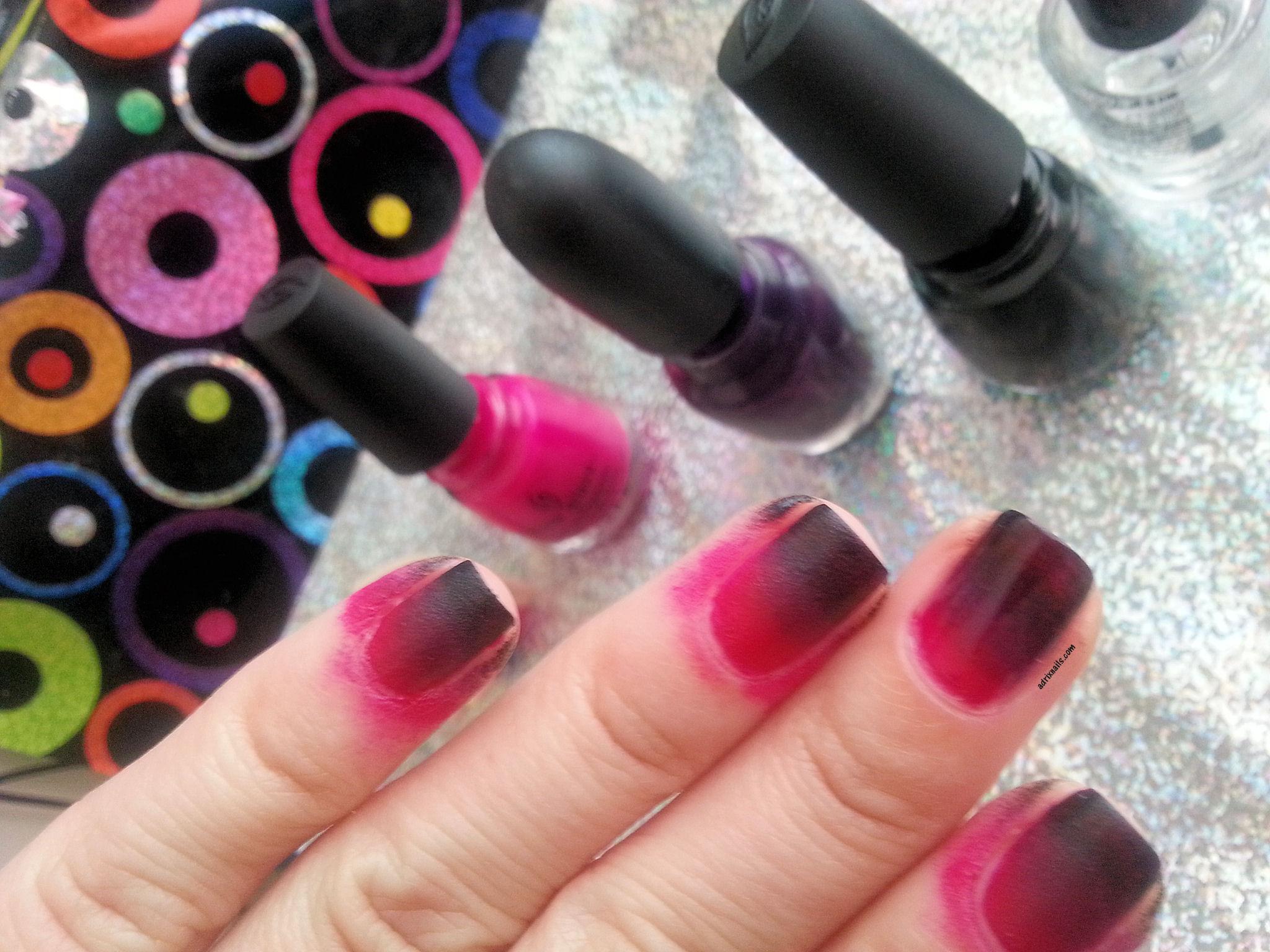 Uñas del día: Ombré negro y rosa   Adrix Nails: Uñas, barnices, nail ...