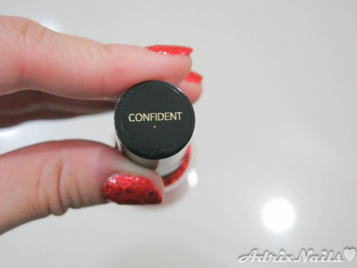 Revlon - Confident-11