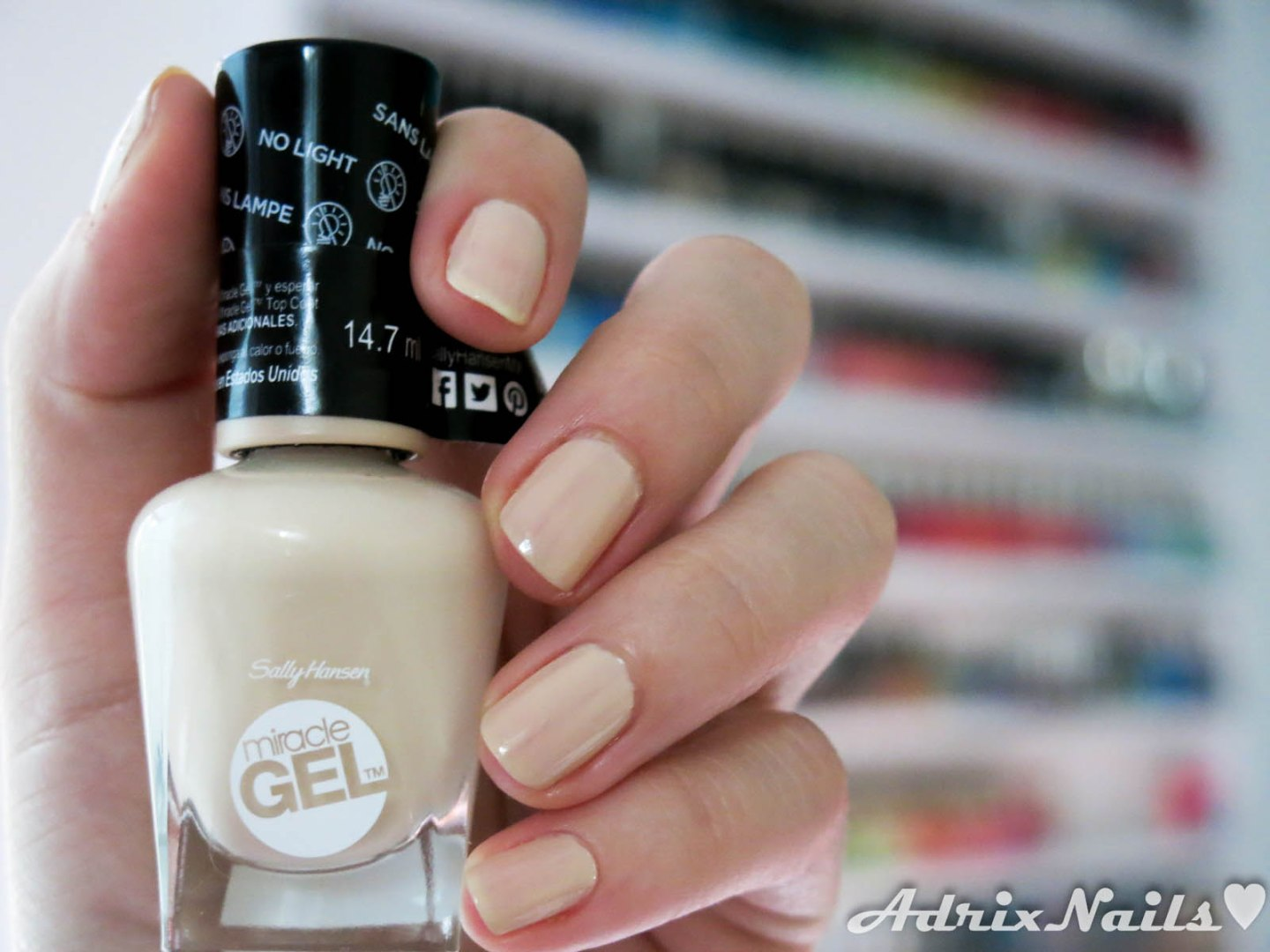 sally hansen, miracle gel, flawless nudes, blogs de uñas mexicanos, blogs de uñas, blogs de méxico, blog de guadalajara, blogger mexicana, adrix nails, reseñas de esmaltes, review de esmaltes, nail polish review, reseñas, shimmer, diy nails, uñas paso a paso, esmaltes, uñas, swatches, nails, nail art, nail polish, colores, review, adrix nails, blog mexicano dedicado al nail art, blogueras mexicanas, mexican bloggers, blogs de méxico, nailpolishlove,