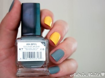 City Color, amarillo, gris, mate, Ash, Anna Banana, reseña de esmaltes, reseñas de esmaltes, swatches, nail polish review, tutorial, paso a paso, uñas fáciles, uñas geométricas, geometric nails, uñas con cuadrícula, degradado con esponja, reseñas de esmaltes, review de esmaltes, nail polish review, reseñas, shimmer, diy nails, uñas paso a paso, esmaltes, uñas, swatches, nails, nail art, nail polish, colores, review, adrix nails, blog mexicano dedicado al nail art, blogueras mexicanas, mexican bloggers, blogs de méxico, nailpolishlove,