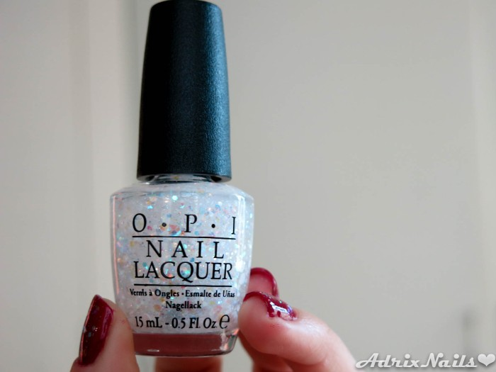 OPI - Just Beclause & Snow Globetrotter-14