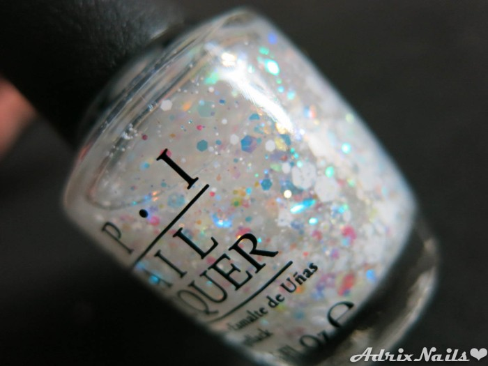 OPI - Just Beclause & Snow Globetrotter-16