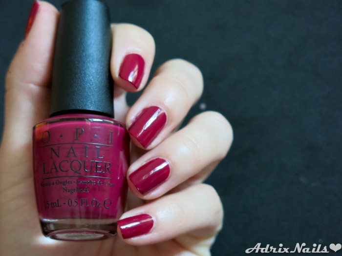 OPI - Just Beclause & Snow Globetrotter