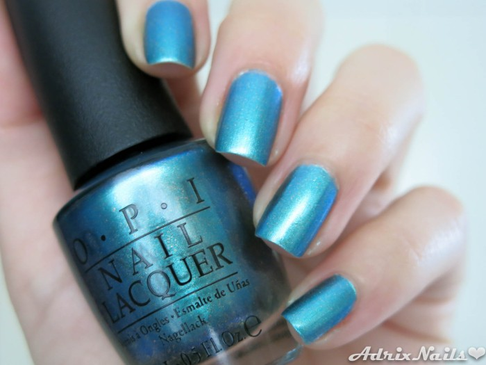 OPI - This Color Is Making Waves